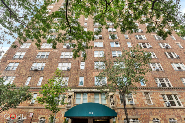 299 West 12th Street, Unit 3L Image #1