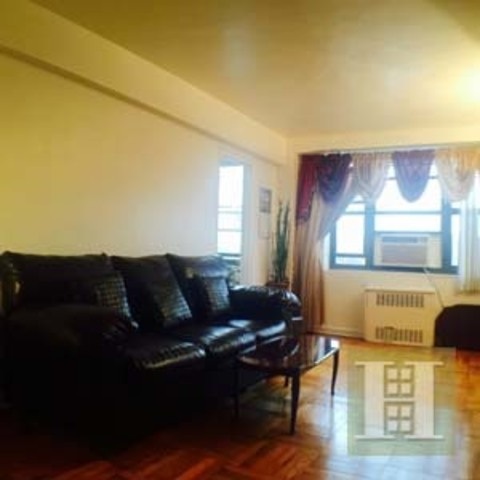 3103 Fairfield Avenue, Unit 9D Image #1
