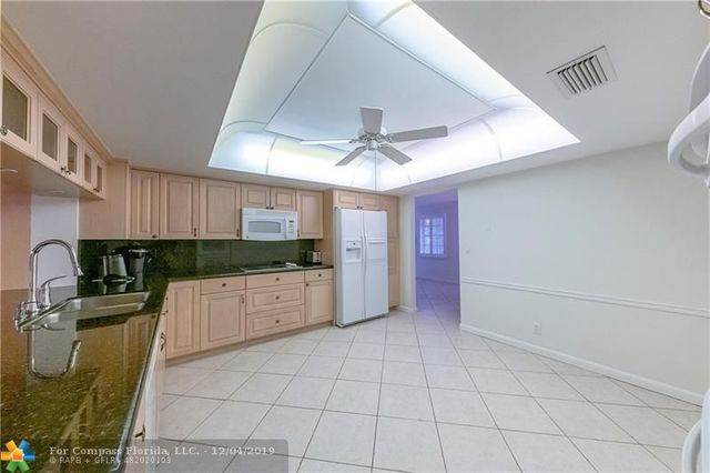 5290 Northeast 16th Terrace Fort Lauderdale, FL 33334