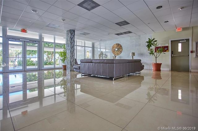 9500 West Bay Harbor Drive, Unit 4D Bay Harbor Islands, FL 33154