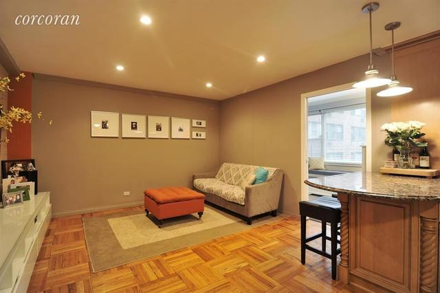 233 East 69th Street, Unit 2G Image #1