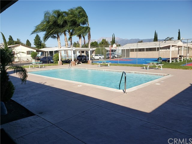17400 Valley Boulevard, Unit 4 Fontana, CA 92335