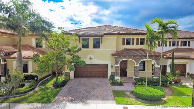 9852 Northwest 87th Terrace Doral, FL 33178