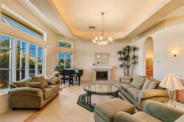 307 Heron Avenue Naples, FL 34108