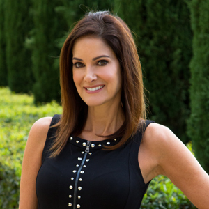 Shana Spitzer,                     Agent in Los Angeles - Compass