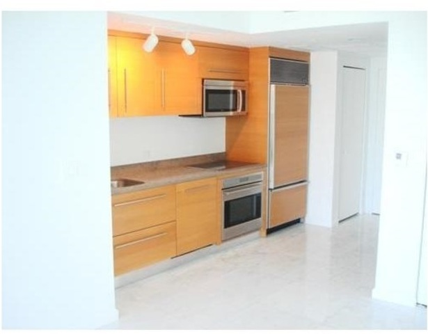 475 Brickell Avenue, Unit 5010 Image #1