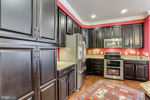17 Clay Lodge Lane, Unit 301 Catonsville, MD 21228