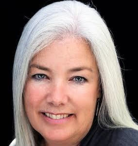 Joanie Selby,                       Agent in San Diego - Compass