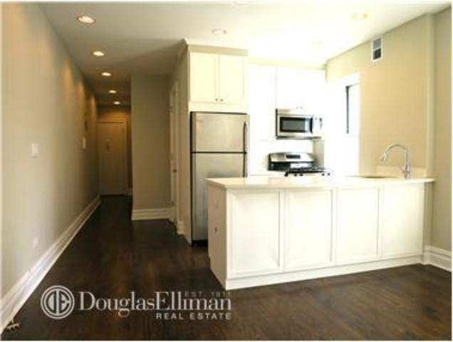 241 West 13th Street, Unit 24R Image #1
