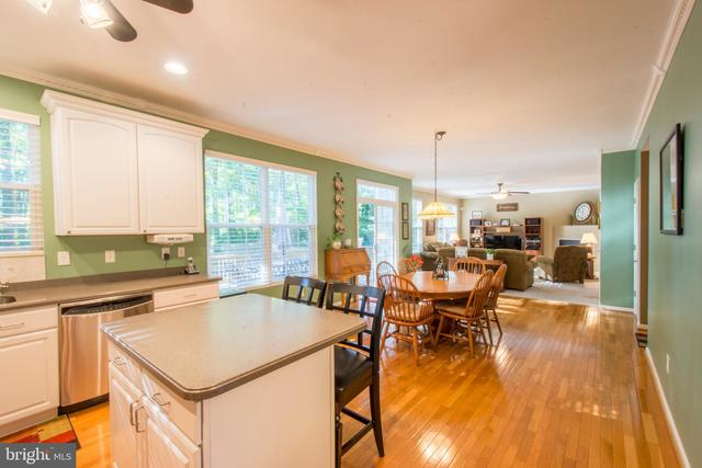 3615 Little Neck Drive Edgewater, MD 21037