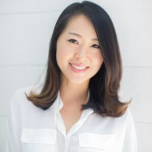 Diana Hong,                       Agent in Los Angeles - Compass