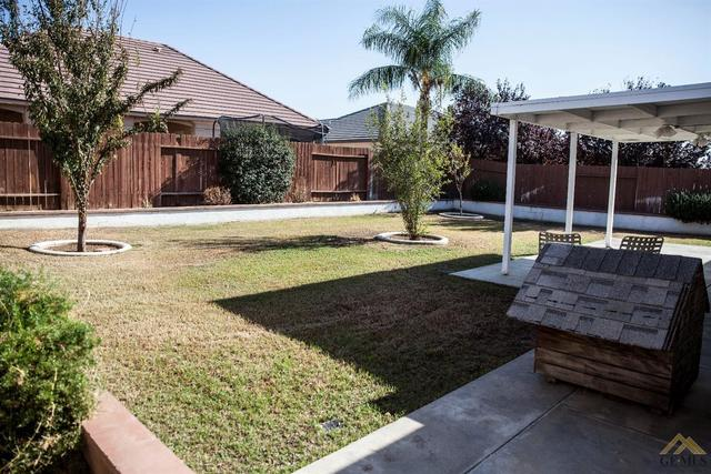 3726 Meadow Hills Court Bakersfield, CA 93308