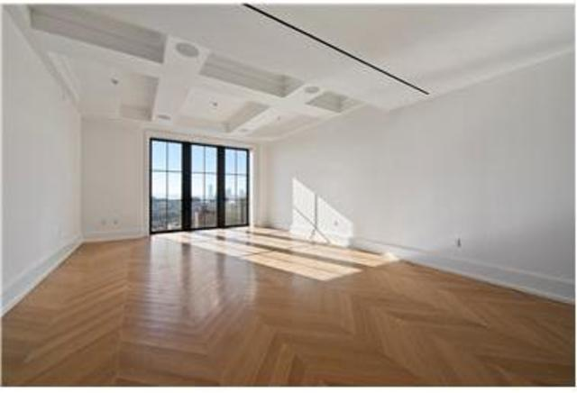 212 West 18th Street, Unit 17A Image #1