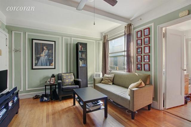 325 West 45th Street, Unit 720 Image #1