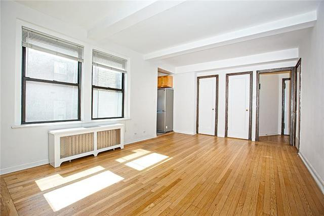 31 East 12th Street, Unit 10F Image #1