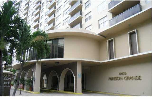 6039 Collins Avenue, Unit 1207 Image #1