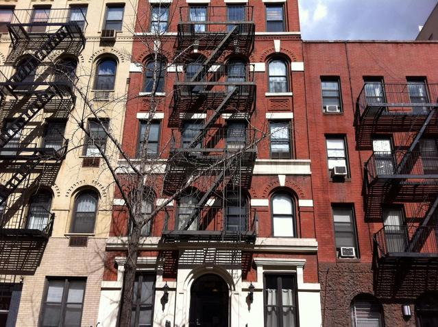 425 East 77th Street, Unit 1E Image #1