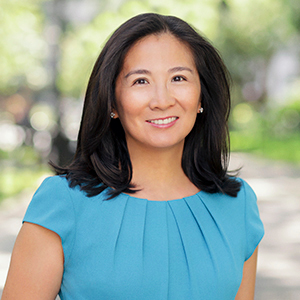 Liz Chiang,                       Agent in NYC - Compass