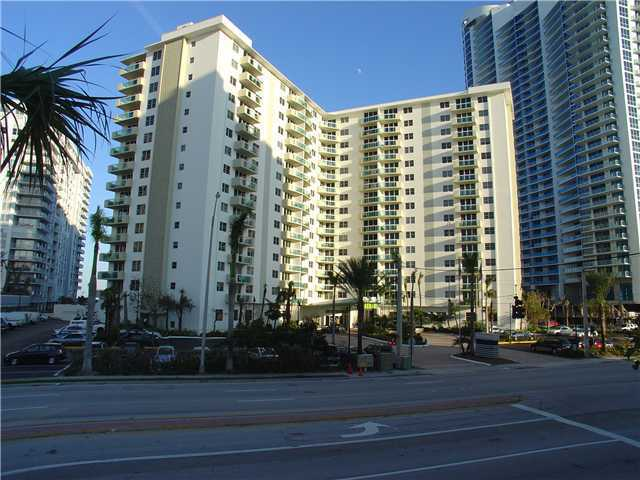 3001 South Ocean Drive, Unit 745 Image #1