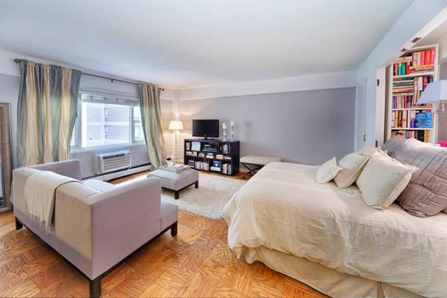 40 Sutton Place, Unit 8D Image #1