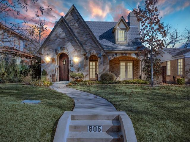 806 Clermont Avenue Dallas, TX 75223
