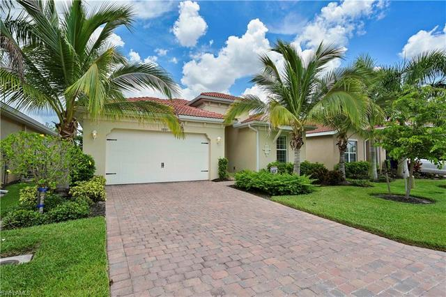 3889 King Williams Street Fort Myers, FL 33916