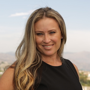 Lina Soifer, Agent in Los Angeles - Compass