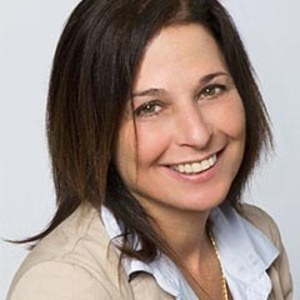 Tamara Goldman,                     Agent in San Francisco - Compass