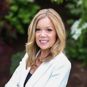 Renee Reese,                     Agent in Seattle - Compass