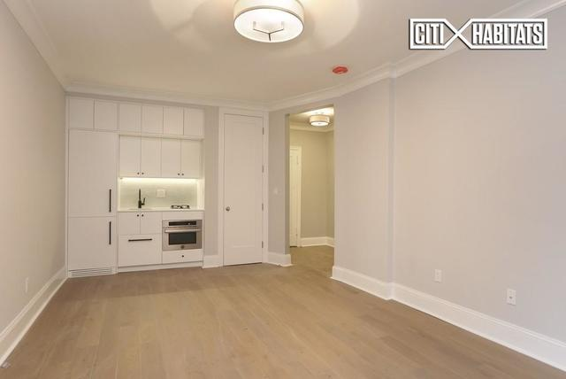 220 West 24th Street, Unit 4L Image #1