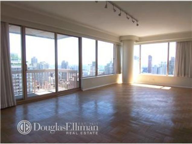 200 East 69th Street, Unit 34B Image #1