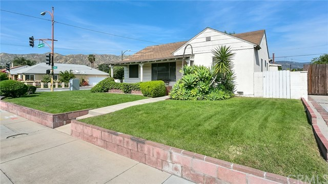 2144 North Buena Vista Street Burbank, CA 91504