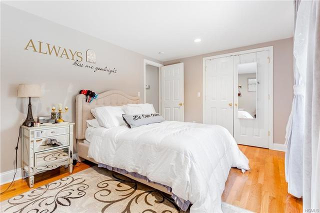 16 Weaver Street Greenwich, CT 06831
