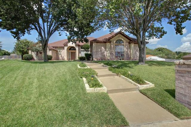 8805 St Annes Court Fort Worth, TX 76179