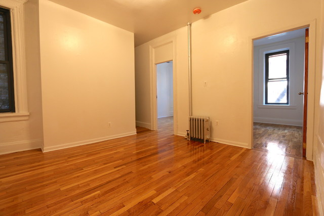322 West 11th Street, Unit 4 Image #1