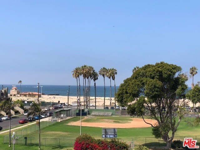 6690 Vista Del Mar, Unit G Playa del Rey, CA 90293