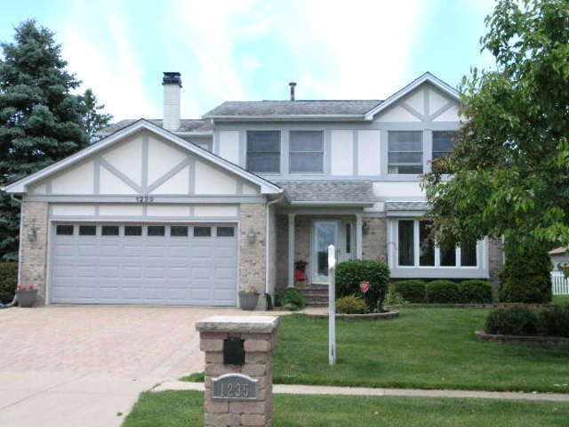 1235 Chester Lane Elk Grove Village, IL 60007