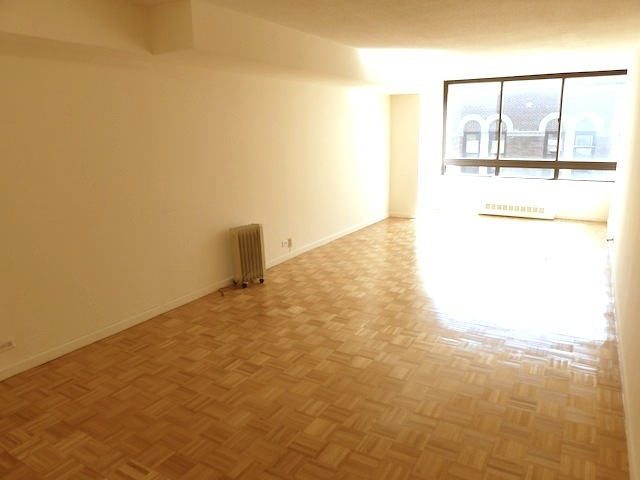 225 West 83rd Street, Unit 5T Image #1