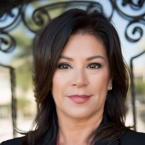 Julie Meraz,                     Agent in Los Angeles - Compass