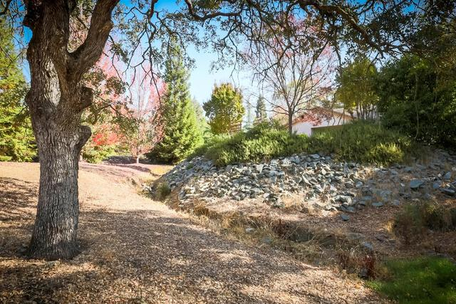 2646 Huckleberry Lane Valley Springs, CA 95252