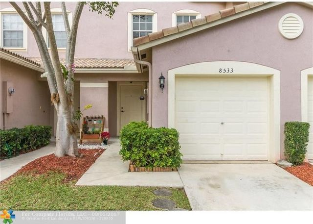 8533 West Southgate Shores Circle, Unit 8533 Image #1