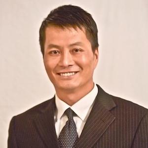 Glen Sung,                     Agent in Seattle - Compass