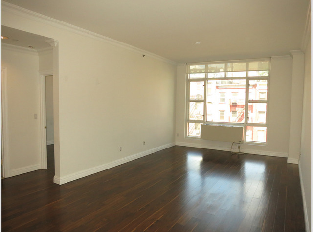 88 Washington Place, Unit 3B Image #1