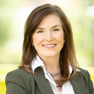 Gordana Vickers,                       Agent in Houston - Compass