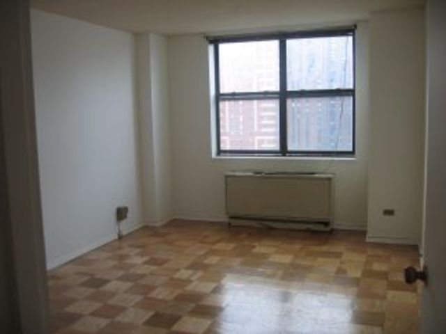 340 East 93rd Street, Unit 21K Image #1