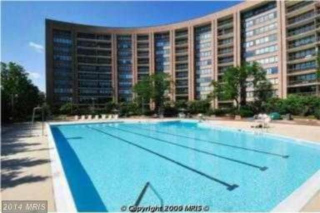 1805 Crystal Drive, Unit 218 Image #1