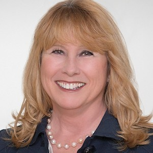 Angela Fitzgerald,                     Agent in San Francisco - Compass
