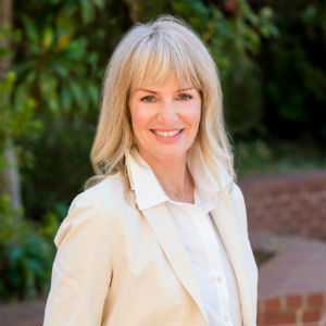 Diana Koll,                     Agent in San Francisco - Compass