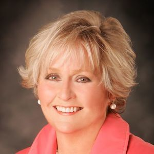 Debbie Grewal, Agent in San Francisco - Compass