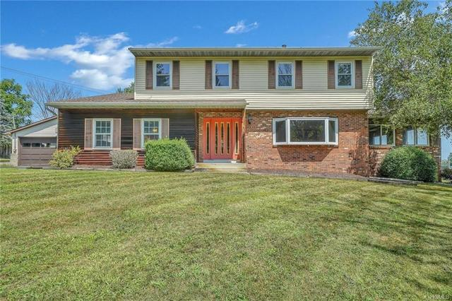 17 Shirley Lane Middletown, NY 10940